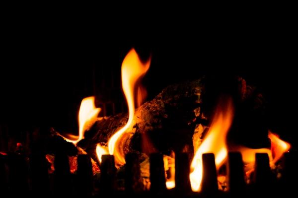 灯油ストーブの火はどこまで小さくできるの?